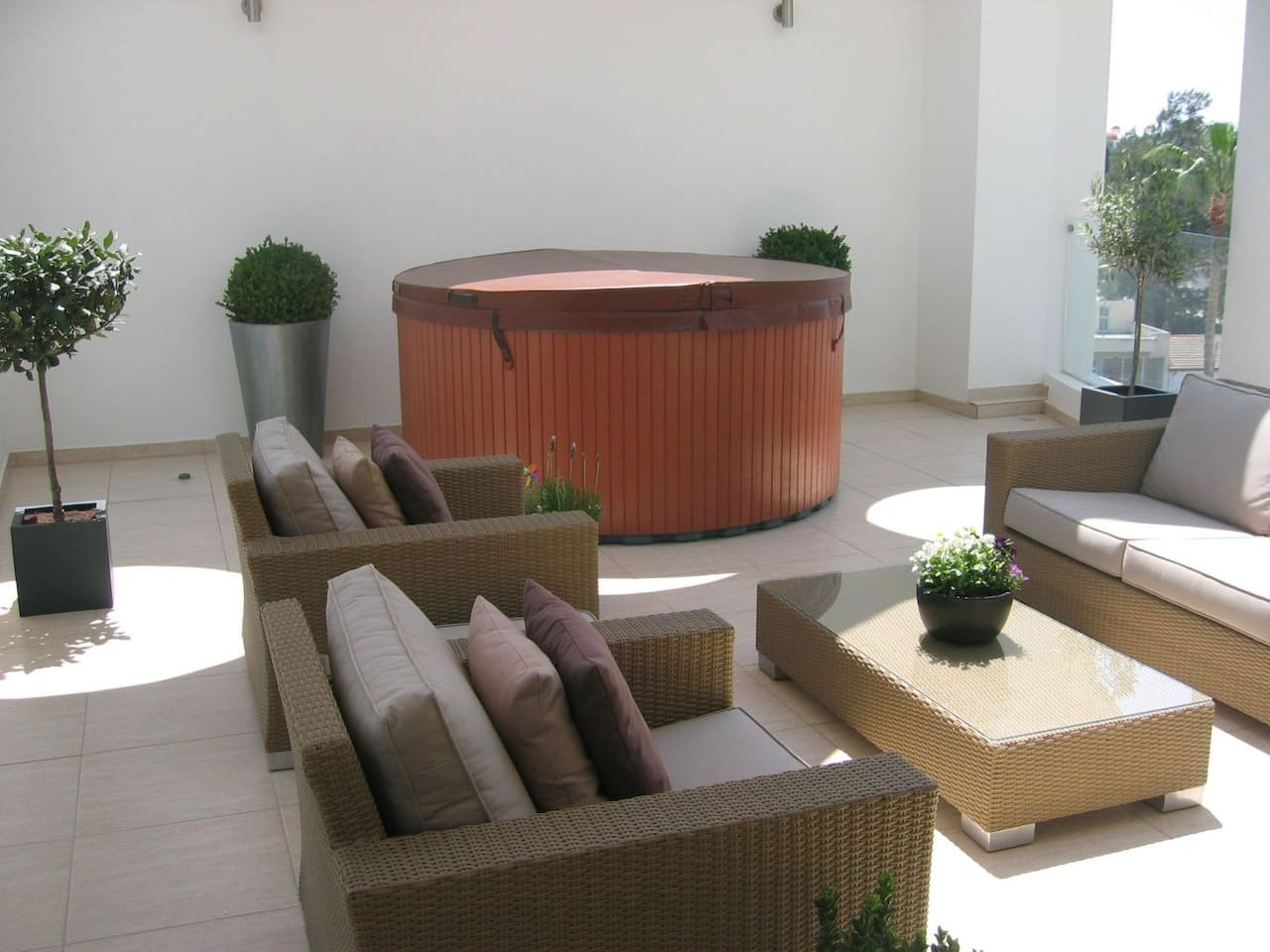 3b Pool Penthouse, private Jacuzzi - Larnaca city